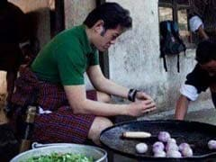 This Pic of Bhutan's King Chopping Onions and Chillies is Trending
