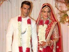 सचमुच, शादी की इन तस्वीरों से पहले, इतनी खूबसूरत कभी नहीं दिखी थीं बिपाशा बसु...