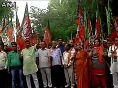 BJP Stages Protest Outside Congress Headquarters On Batla Encounter Issue