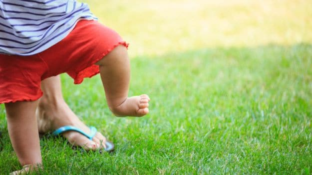 How Early You Take Your First Steps Could Result in Stronger Bones