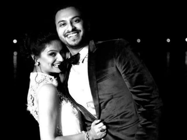 Dimpy Ganguly's Wedding Pics Are Going Viral. Worth it