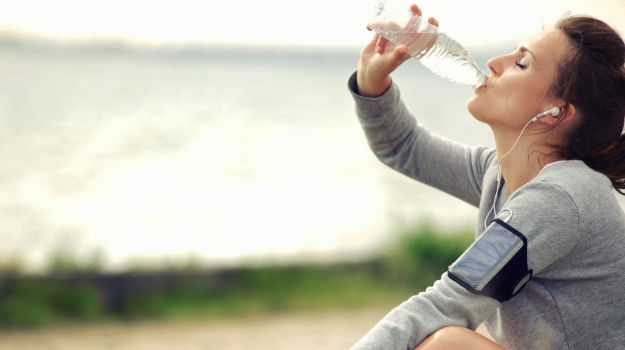 Obesity reduce rapidly by drinking water on an empty stomach in the morning? Benefits of drinking lukewarm water
