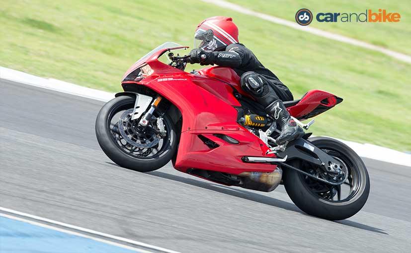 Ducati 959 Panigale Handling