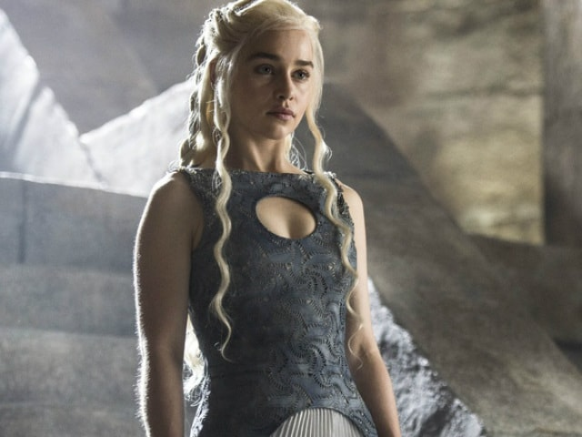 Add Game of Thrones' Daenerys to List of Actresses Who Want to Play Bond