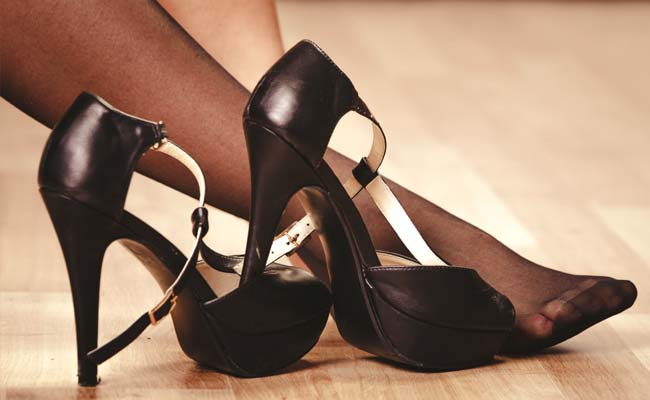 6-Month-Old Dies After Mother Wearing High-Heels Loses Balance, Drops Him