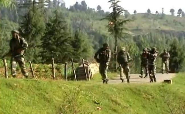 कश्मीर में पाकिस्तानी आतंकियों की घुसपैठ की कोशिश नाकाम, एक जवान घायल