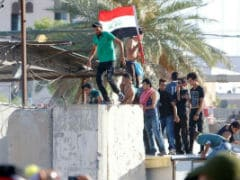 Protesters Break Into Green Zone, Enter Iraq PM's Office