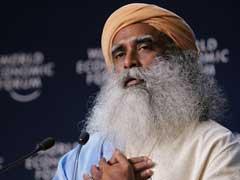 हिमा दास को बधाई देकर 'बुरे फंसे' सद्गुरु जग्गी वासुदेव, सोशल मीडिया पर हुए ट्रोल