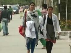 महाराष्ट्र सरकार की केंद्र से मांग- मेडिकल परीक्षाएं टाली जाएं या सबको पास किया जाए
