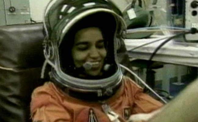 Kalpana Chawla: कागज पर हवाई जहाज बनाने से लेकर अंतरिक्ष में जाने का सपना पूरा करने वाली पहली भारतीय महिला