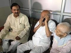 वृद्धाश्रम में रह रहे महात्मा गांधी के पौत्र से बात की पीएम नरेंद्र मोदी ने