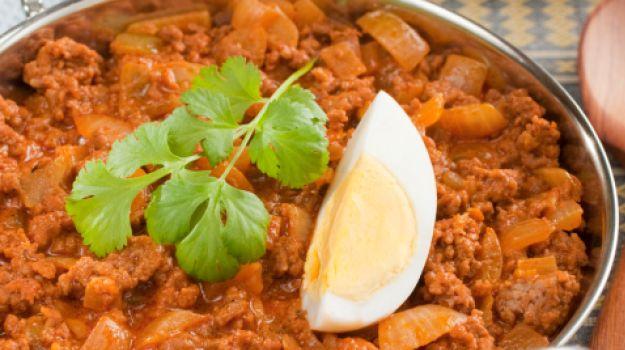 10 best recipes from uttar pradesh ndtv food keema dum forumfinder Gallery