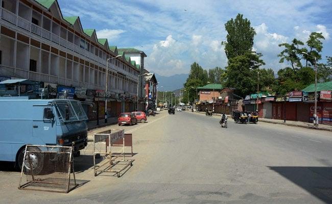 72 दिन बाद Kashmir घाटी में पोस्टपेड मोबाइल फोन सेवाएं शुरू, प्रीपेड यूजर्स को अभी करना पड़ेगा इंतजार