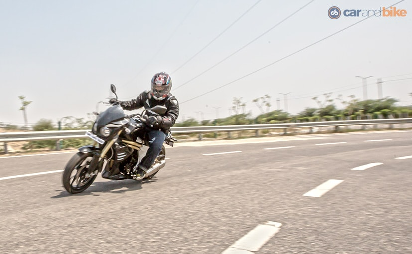 Mahindra employees can avail discounts up to Rs. 75,000 on the Mojo 300.