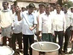 In Telangana Chief Minister KCR's Hometown, A Protest 'Cookout' By Farmers