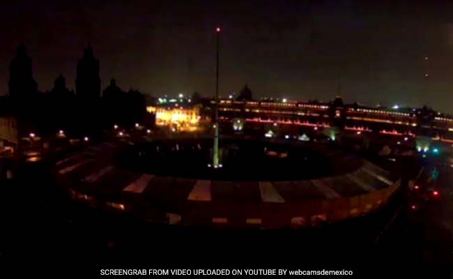 Mysterious Roar And Light In The Sky Wake Mexican City
