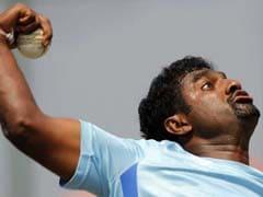 चेन्नई सुपर किंग्स की ओर से धोनी की कप्तानी में खेला, उनमें जरा भी अकड़ नहीं है : मुरलीधरन