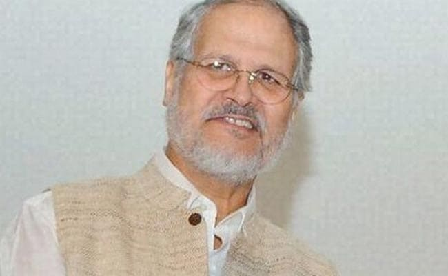 Najeeb Jung Misused Position To Restore Ration Shop's Licence: AAP
