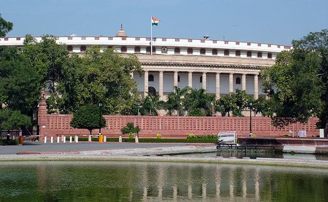 NEET का मुद्दा : संसद में भी गूंजने लगी प्रारूप में बदलाव की मांग, सभी भाषाओं में हो परीक्षा