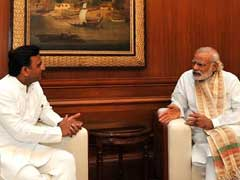 Elections Ahead, PM Modi Meets Akhilesh Yadav Over Bundelkhand Drought