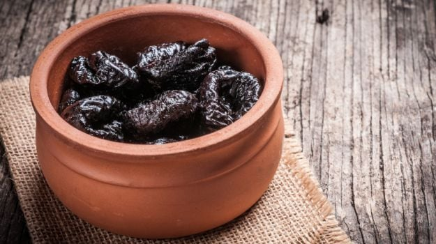 prunes-benefits-2