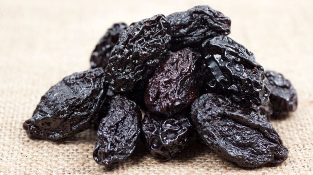 7 Benefits Of Prunes: The Dry Fruit Youve Ignored For Too