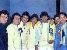 Rishi Kapoor's Throwback Pic is About <I>Dosti</i> and <i>Dushmani</i>