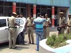 कोलकाता में चलती गाड़ी में युवती के साथ सामूहिक बलात्कार, पुलिस ने प्राथमिकी दर्ज की