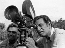 On Satyajit Ray's Birth Anniversary, Filmmakers Remember Him on Twitter