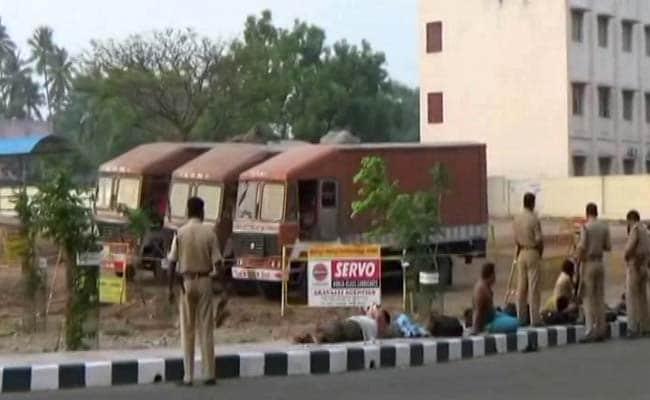 तमिलनाडु : तिरुपुर में ट्रकों से ज़ब्त किए गए 570 करोड़ रुपयों पर SBI का दावा, कहा- ये रकम हमारी है