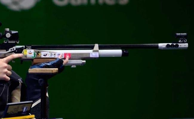 लाइसेंस के लिए दो महीने से भटक रही है महिला शूटर, जकार्ता में होने वाले यूथ एशियन गेम्स में लेना है हिस्सा