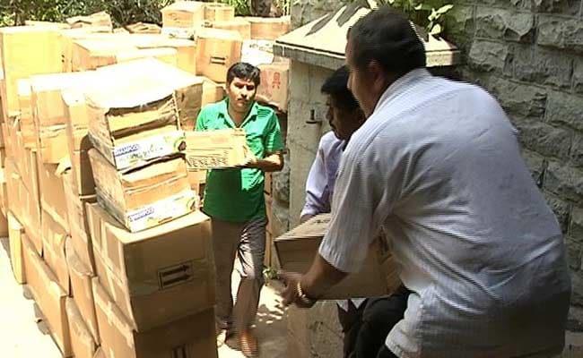 मुंबई कस्टम प्रिवेंटिव ने 4 करोड़ रुपये का माल पकड़ा