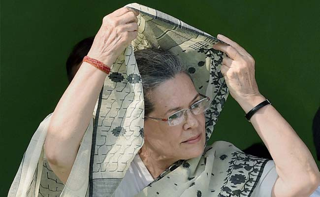 Sonia Gandhi Pays Tribute To Mahatma Gandhi, Lal Bahadur Shastri