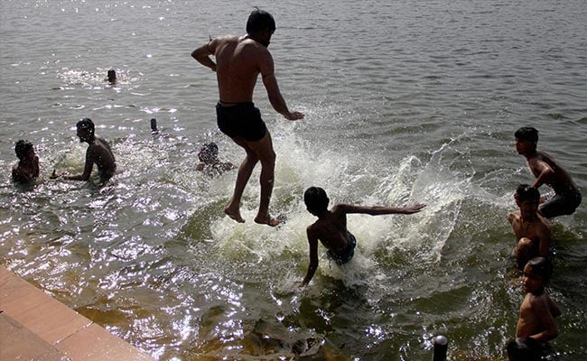 Heatwave Continues, Most States Record Temperature Above 40 Degree Celsius