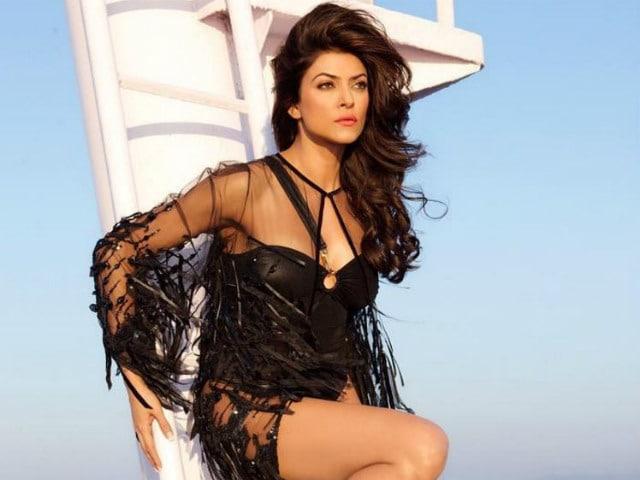 Sushmita Sen Celebrates 22 Years of Miss Universe Win With Throwback Pic