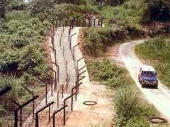 बांग्लादेश ने भारत से लगी सीमा पर रोहिंग्याओं के प्रवेश के मद्देनजर सुरक्षा कड़ी की