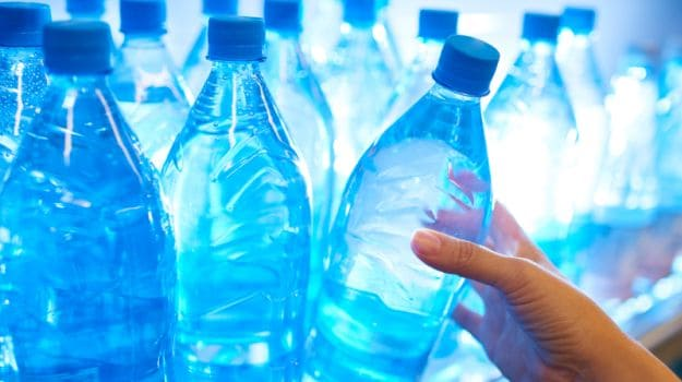 Pregnant and Drinking Water in Plastic Bottles? Your Child Maybe at Risk of Obesity