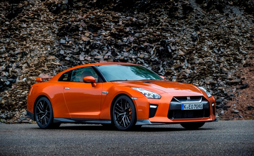 2017 nissan gt r review ndtv carandbike. Black Bedroom Furniture Sets. Home Design Ideas