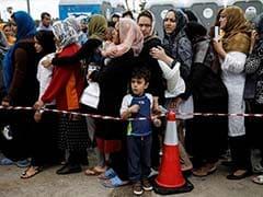 Pakistan Deports 500 Afghan Refugees Before Registration Deadline Expires