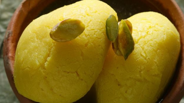 10 Popular Bengali Sweets: Beyond Rasgulla and Sandesh
