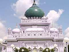 सांप्रदायिक एकता, सहिष्णुता और सौहार्द के द्वार हैं देवा शरीफ, रामदेवरा और पोवा मक्का