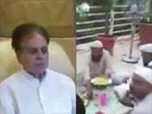 Dilip Kumar Shares Video of <I>Iftaar</i> With Wife Saira Banu and Friends