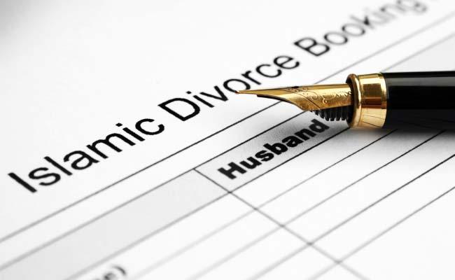 तीन तलाक: मुस्लिम पर्सनल लॉ बोर्ड ने सुप्रीम कोर्ट से कहा, धार्मिक मामलों में कोर्ट नहीं दे सकती दखल