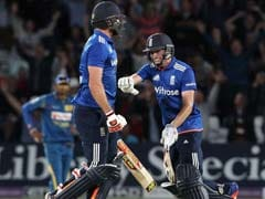 लिएम प्लंकेट ने लगाया आखिरी गेंद पर छक्का और इंग्लैंड vs श्रीलंका पहला वनडे हो गया टाई
