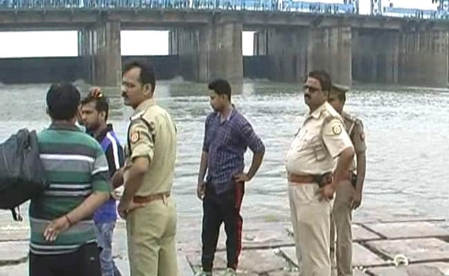 Selfie In River Ganga Causes Death Of 7 Students