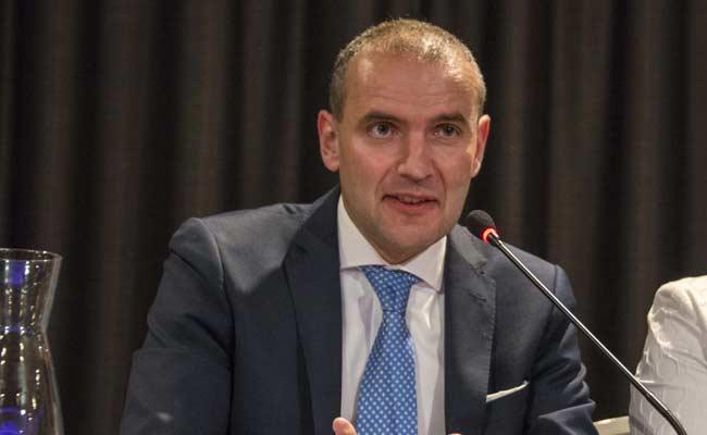 Political Novice Elected Iceland President Amid Football Fever