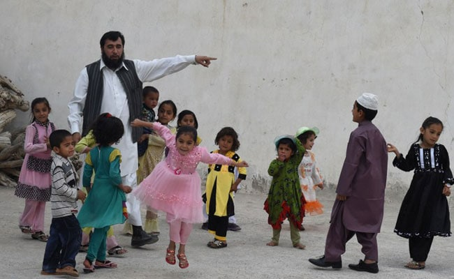 This Pakistani Father Of 35 Now Aims For 100 Children