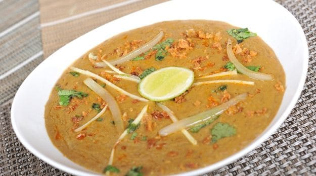 Ramzan Special Dish: Haleem, the Slow Cooked Meaty Speciality