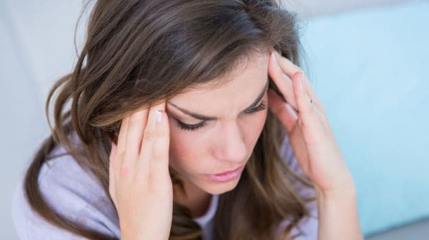headache - 10 Incredible Uses of Peppermint Oil for Health and Beauty Ayurvedic Centres 10 Incredible Uses of Peppermint Oil for Health and Beauty