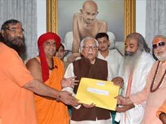 Saints Submit Kairana Exodus Report To Uttar Pradesh Governor Ram Naik